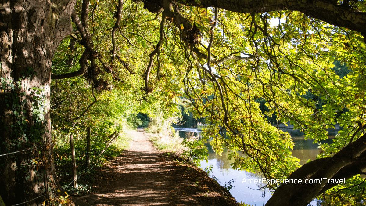 Thames Path walking tour