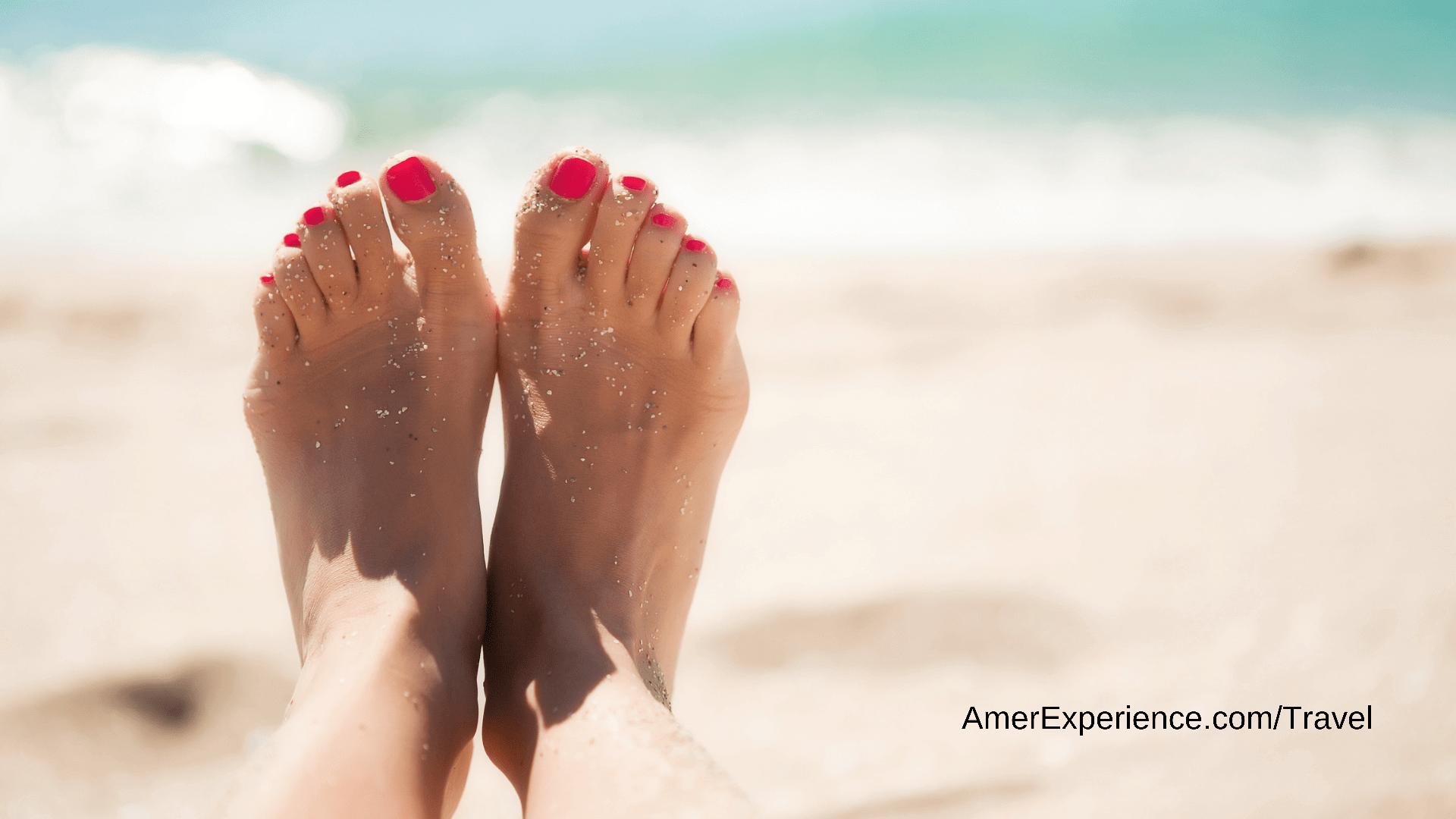 Facebook & Co.: Grüße mit Füßen aus dem Urlaub – muss das sein?